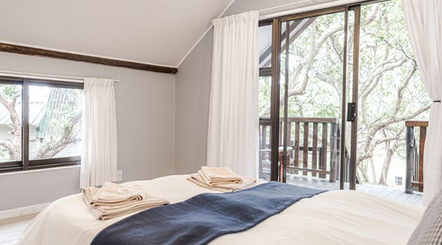 coral divers, dive courses, scuba diving, accommodation, glamping, tented accommodation, sodwana bay, national park, unesco world heritage site, scuba training