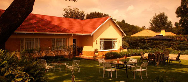 parkmore lodge, guest accommodation, sandton b&b, bed and breakfast, johannesburg honeymoon chalet, gauteng lodges